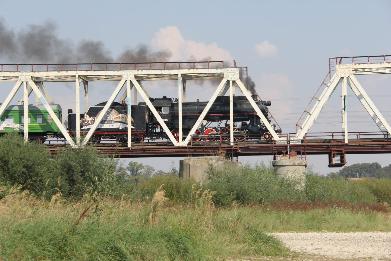 На мосту через Прут біля с.Вовчківці