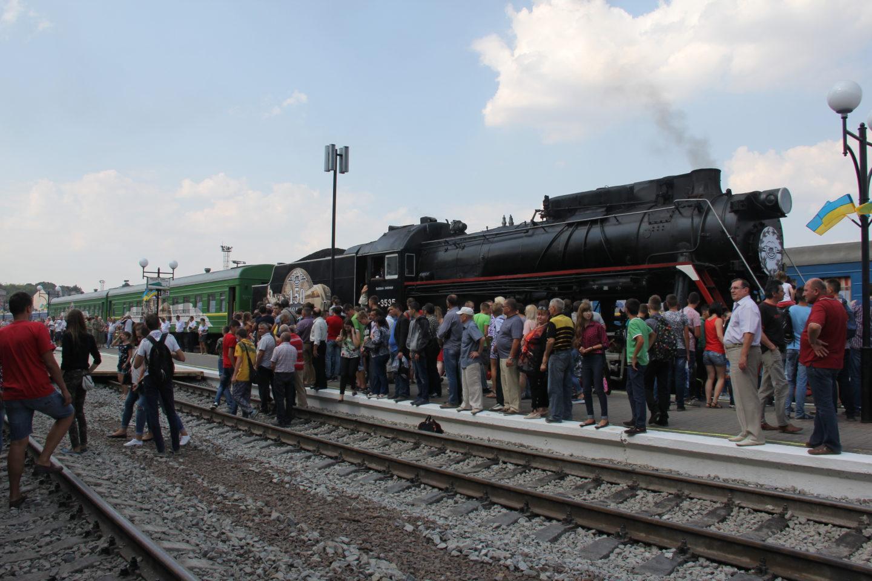Зустріч поїзда у Чернівцях